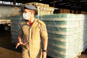 Apoio aos brigadistas que combatem incêndios no Pantanal com doação de águas e energéticos
